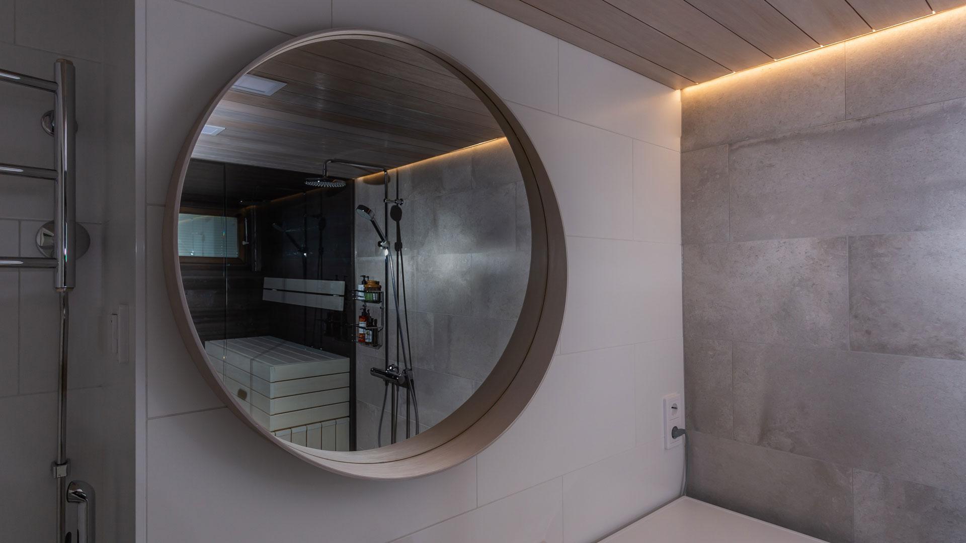 tiles-in-mirror